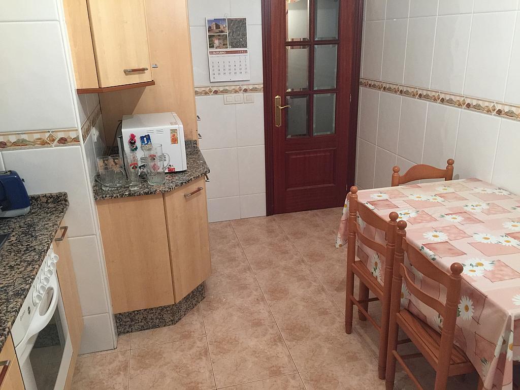 Piso en alquiler en calle Ria de Viveiro, Arteixo - 326265331