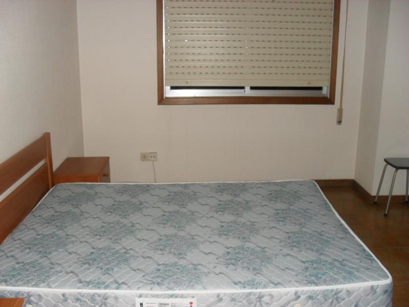 Dormitorio - Piso en alquiler en calle María Pita, Arteixo - 49112935