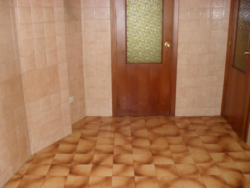 Cocina - Piso en alquiler en calle María Pita, Arteixo - 49112960