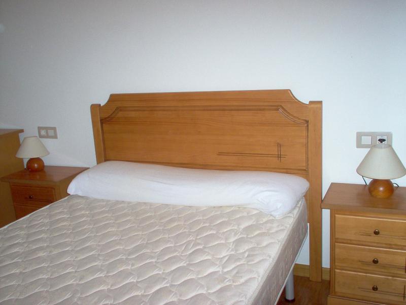 Dormitorio - Ático en alquiler en calle Platas Varela, Arteixo - 52682065