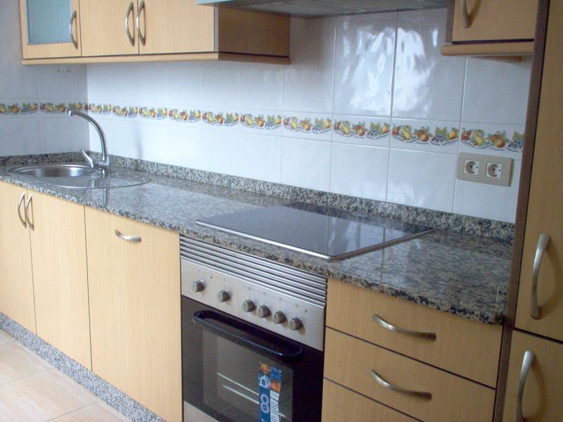 Cocina - Ático en alquiler en calle Platas Varela, Arteixo - 52682096
