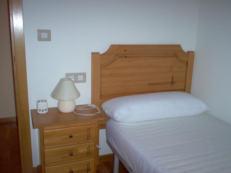 Dormitorio - Ático en alquiler en calle Platas Varela, Arteixo - 52682105