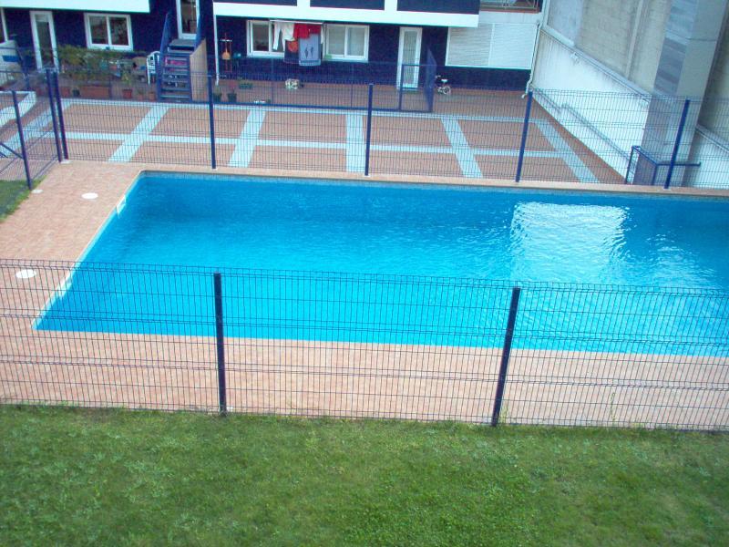 Piscina - Ático en alquiler en calle Platas Varela, Arteixo - 52683247