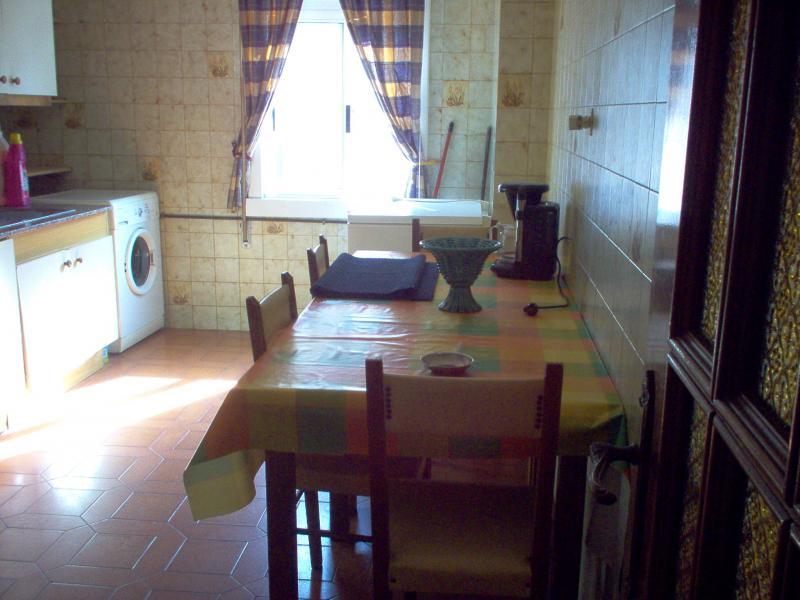 Cocina - Piso en alquiler en calle Uxio Novoneira, Arteixo - 56918614