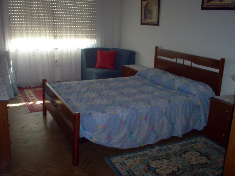 Dormitorio - Piso en alquiler en calle Uxio Novoneira, Arteixo - 56918616