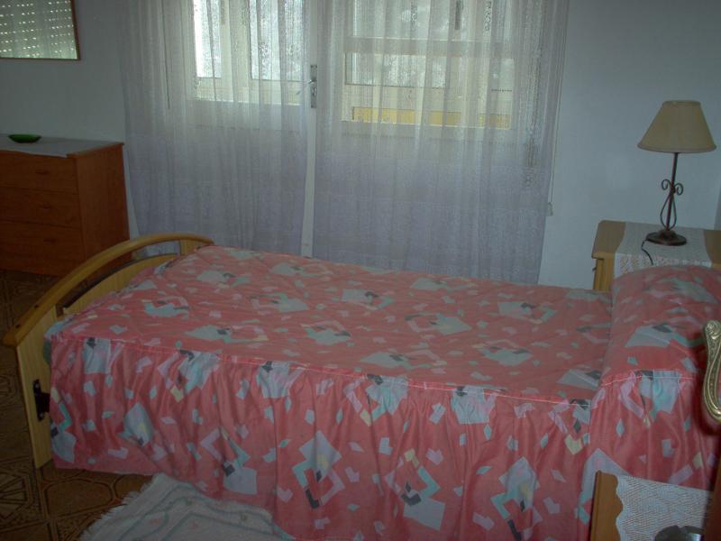Dormitorio - Piso en alquiler en calle Uxio Novoneira, Arteixo - 56918627