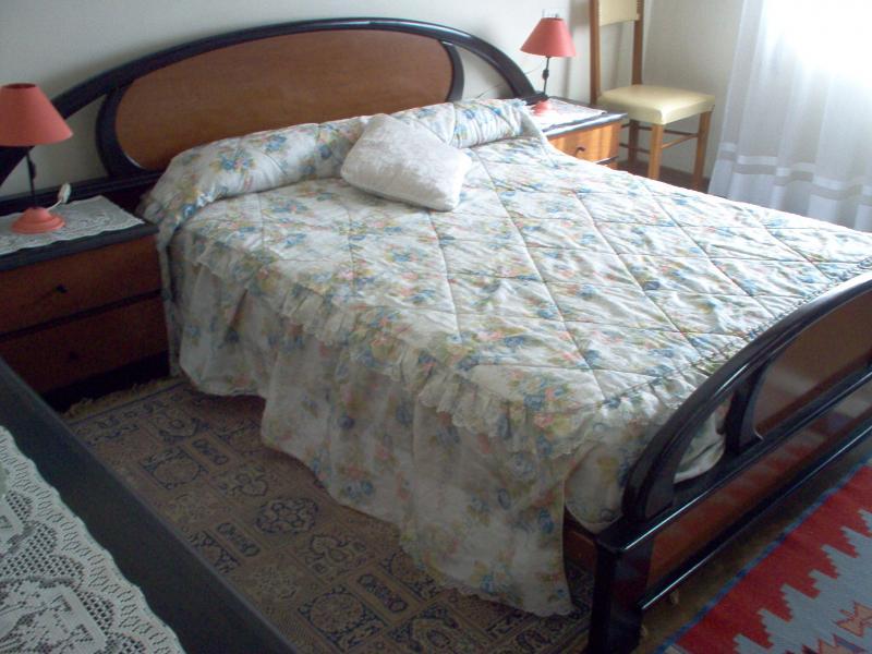 Dormitorio - Piso en alquiler en calle Uxio Novoneira, Arteixo - 56918883