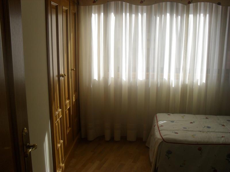 Dormitorio - Piso en alquiler en calle Rua Da Capela, Arteixo - 57088005