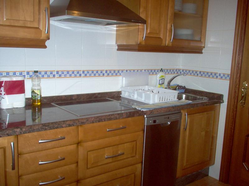 Cocina - Piso en alquiler en calle Travesía de Arteixo, Arteixo - 57324770