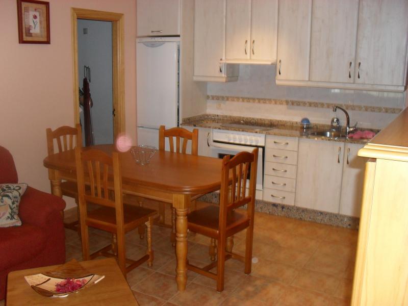 Cocina - Apartamento en alquiler en calle Playa Barrañán, Arteixo - 57939732