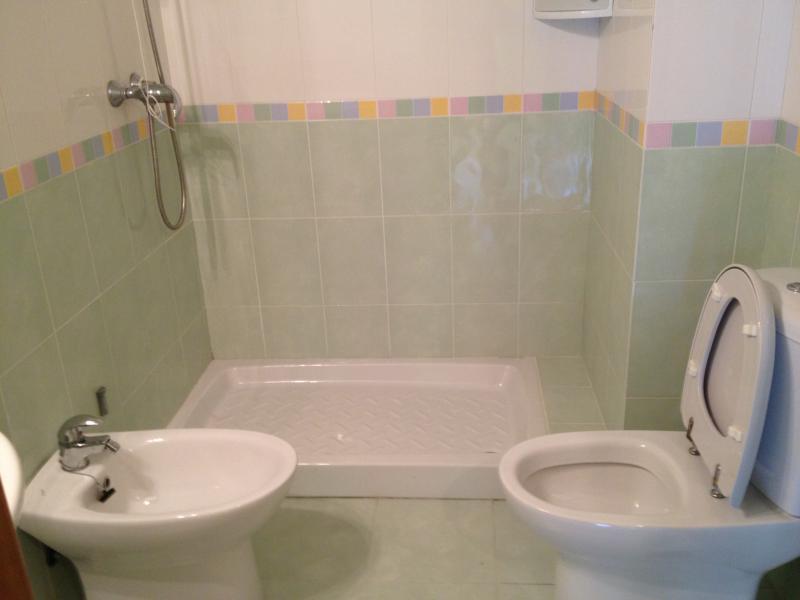 Baño - Piso en alquiler en travesía Arteixo, Arteixo - 65674909