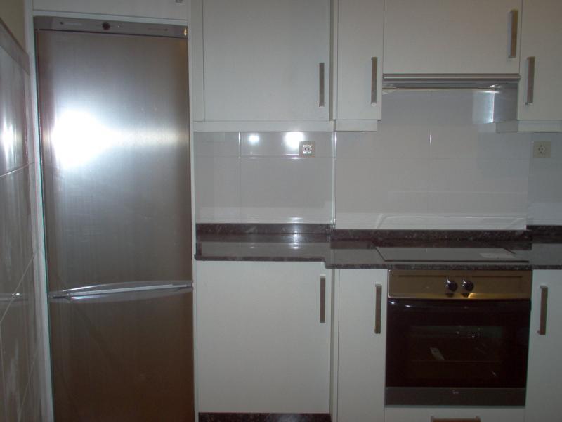 Cocina - Piso en alquiler en calle Trv Meicende, Arteixo - 67761228