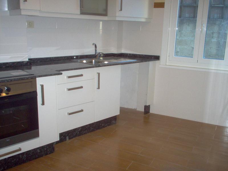 Cocina - Piso en alquiler en calle Trv Meicende, Arteixo - 67761247