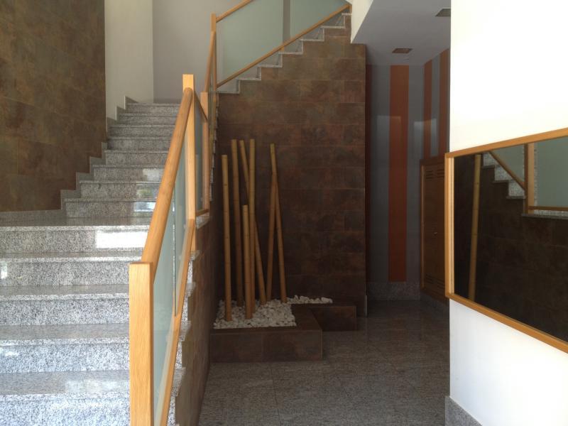 Vestíbulo - Piso en alquiler en calle Platas Varela, Arteixo - 78995462