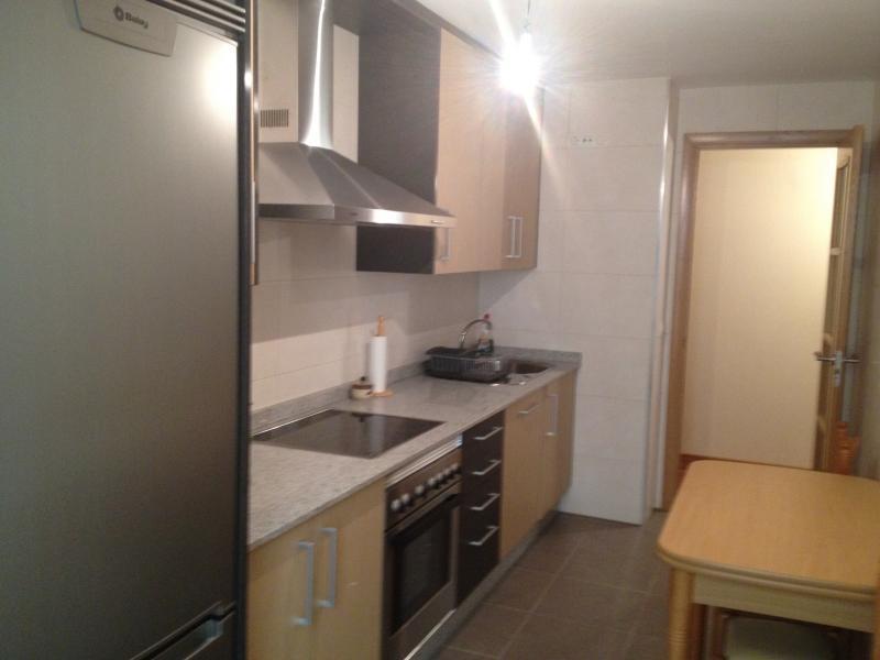 Cocina - Piso en alquiler en calle Platas Varela, Arteixo - 78995476