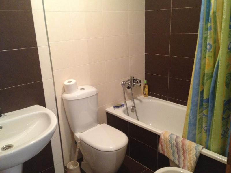 Baño - Piso en alquiler en calle Platas Varela, Arteixo - 78995652