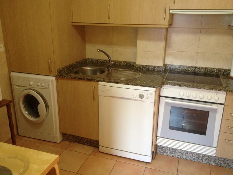 Piso en alquiler opción compra en calle Ferrol, Arteixo - 97326531