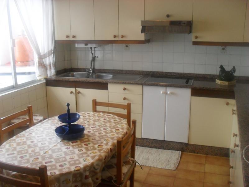 Cocina - Piso en alquiler en calle Oviedo, Arteixo - 104861736