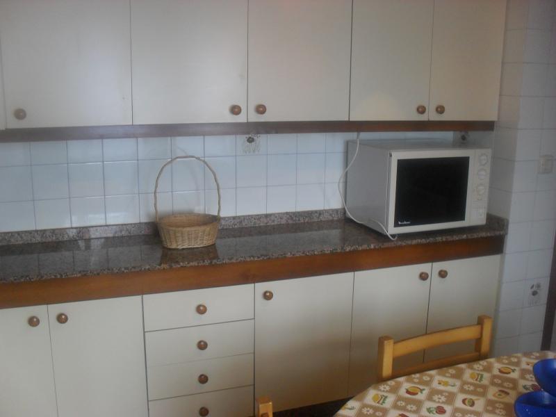 Cocina - Piso en alquiler en calle Oviedo, Arteixo - 104861747