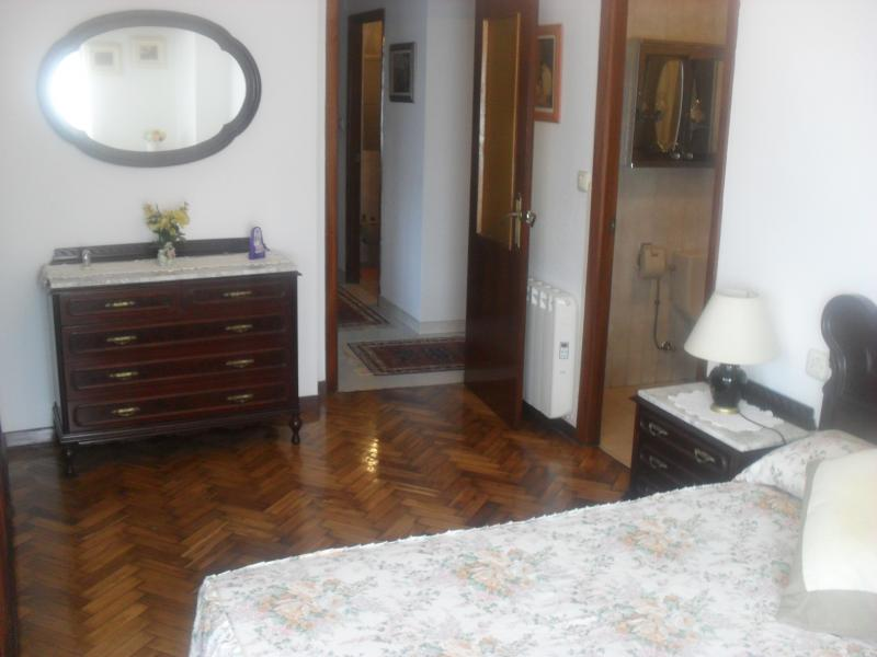 Dormitorio - Piso en alquiler en calle Oviedo, Arteixo - 104861787