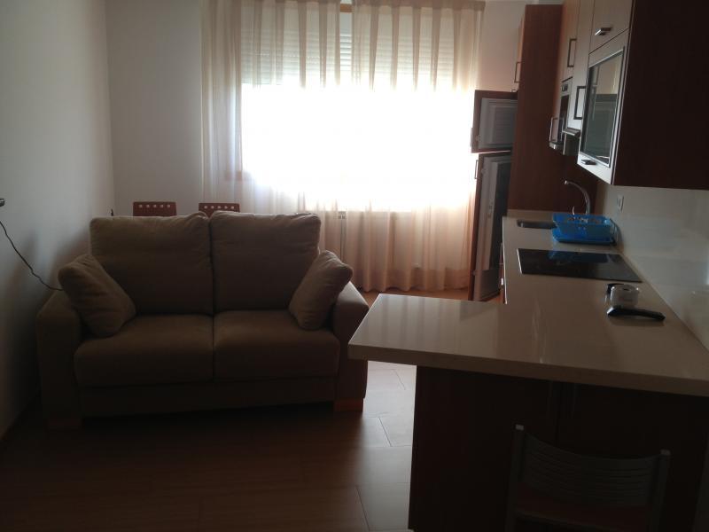 Piso en alquiler en calle Platas Varela, Arteixo - 111291384