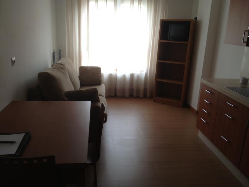 Piso en alquiler en calle Platas Varela, Arteixo - 111293033