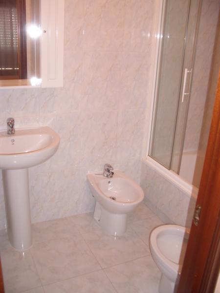 Baño - Piso en alquiler en calle Caión, Arteixo - 114343581