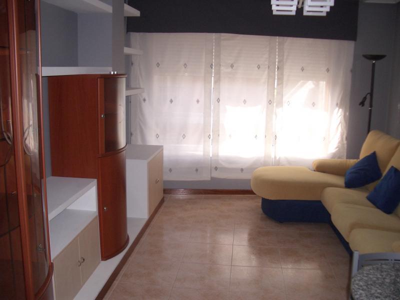 Salón - Piso en alquiler en calle Caión, Arteixo - 114343637