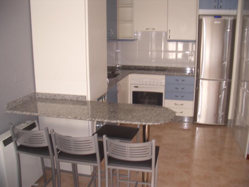 Cocina - Piso en alquiler en calle Caión, Arteixo - 114343665