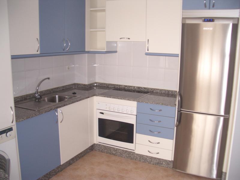Cocina - Piso en alquiler en calle Caión, Arteixo - 114343681