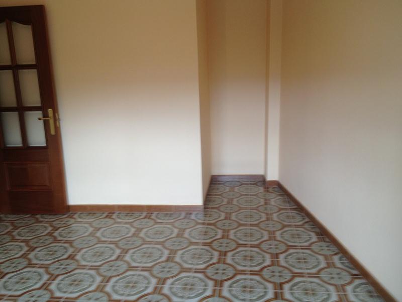 Piso en alquiler en calle Sabón, Arteixo - 121774760