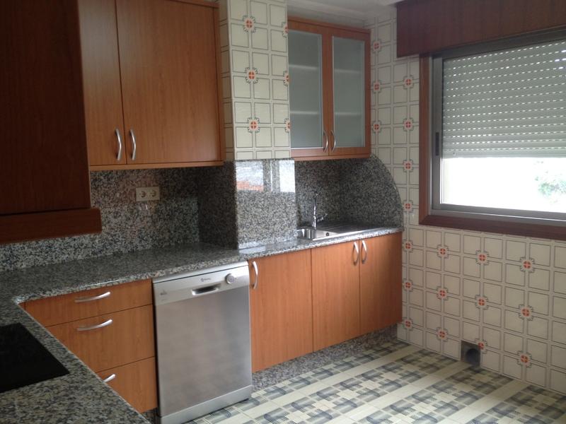 Piso en alquiler en calle Sabón, Arteixo - 121774795