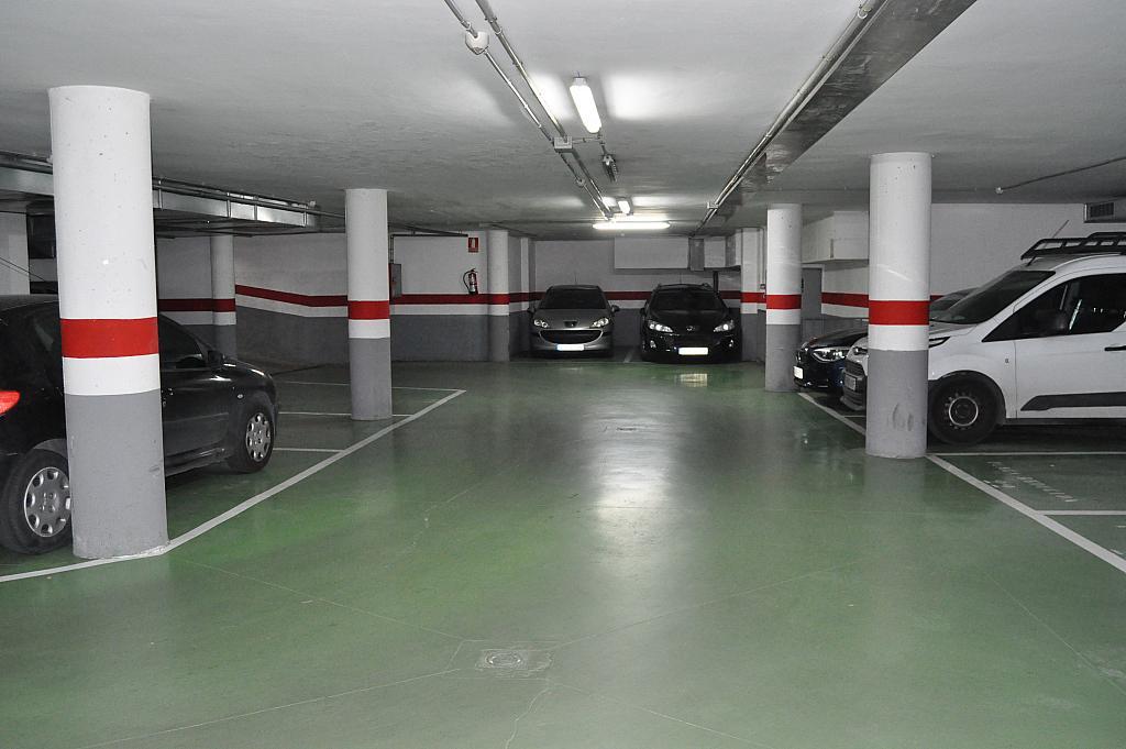 Pasillo - Parking en alquiler en calle Josep Montserrat, Llagosta, La - 290277488