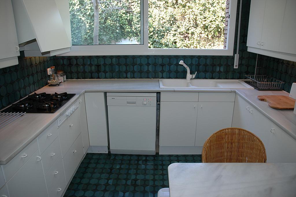Cocina - Casa en alquiler en plaza Pi, Bellaterra - 320702929