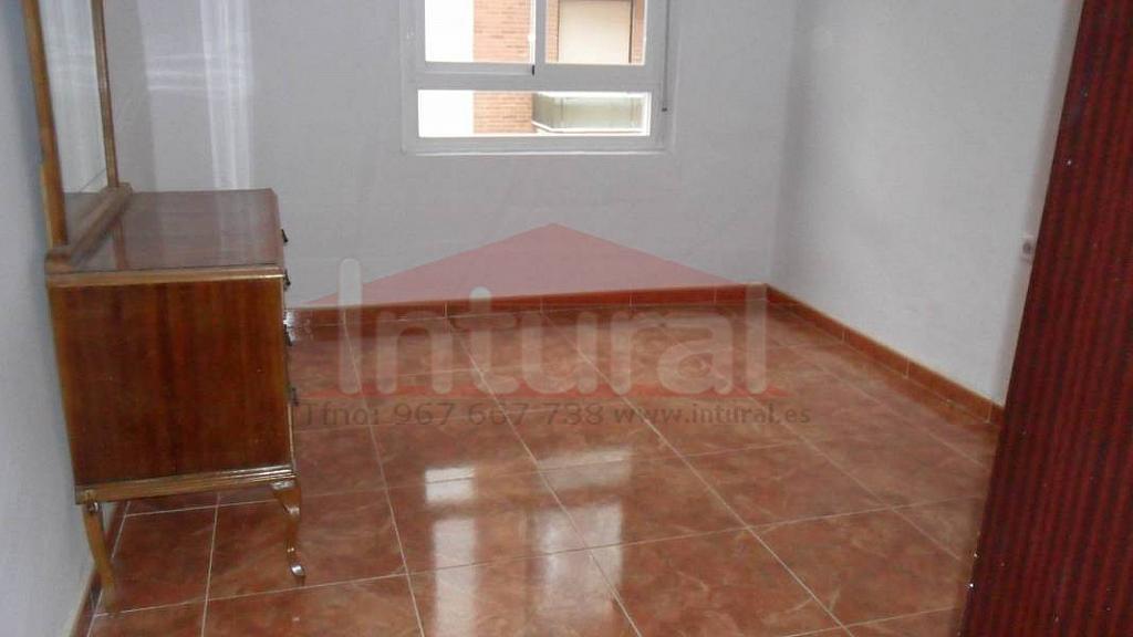 Piso en alquiler en calle Maestro Chapi, El Pilar en Albacete - 322039676