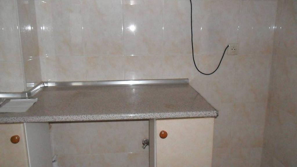 Piso en alquiler en calle Maestro Chapi, El Pilar en Albacete - 322039681