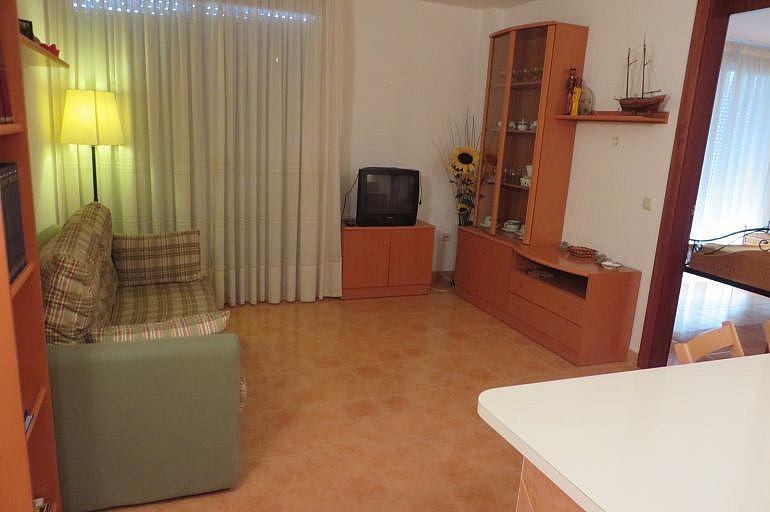 Salón - Apartamento en venta en Roses - 261885547