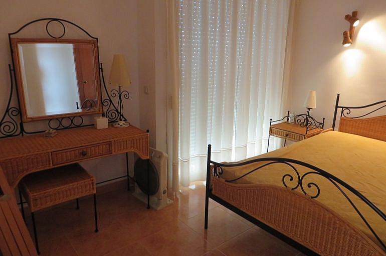Dormitorio - Apartamento en venta en Roses - 261885562