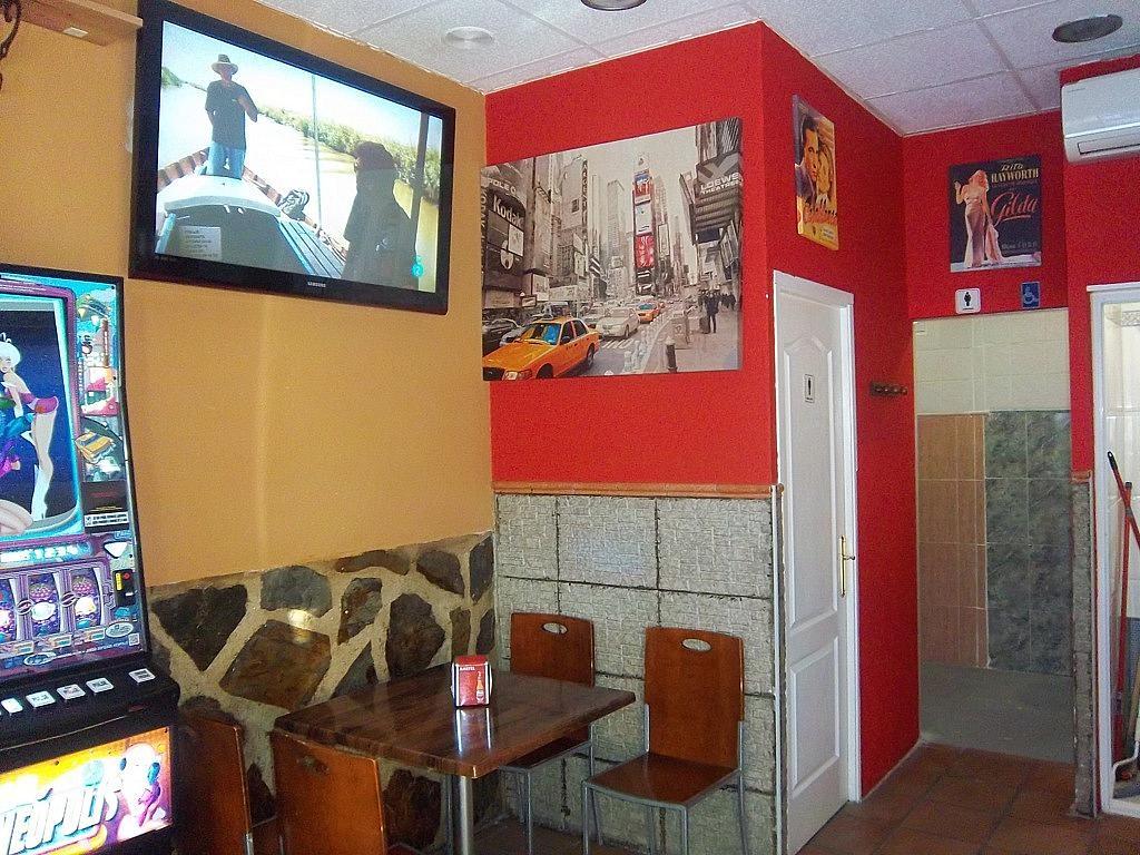 Bar en alquiler en calle Jaen, El Naranjo-La Serna en Fuenlabrada - 285678549