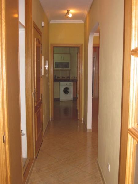 Pasillo - Piso en alquiler de temporada en Fuengirola - 106711719