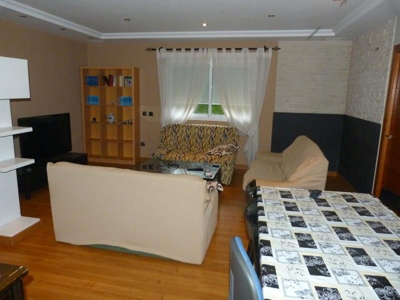 Salón - Piso en alquiler de temporada en Fuengirola - 115375025