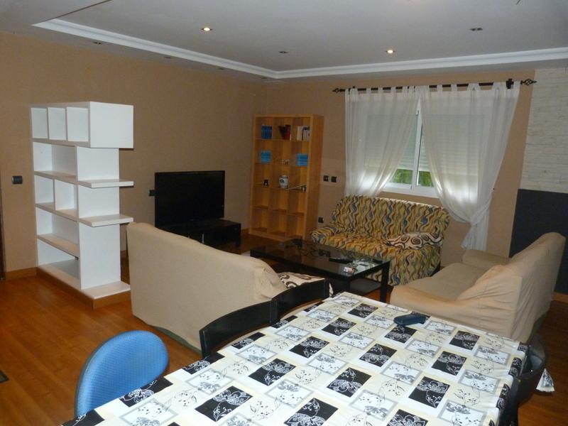 Salón - Piso en alquiler de temporada en Fuengirola - 115375026