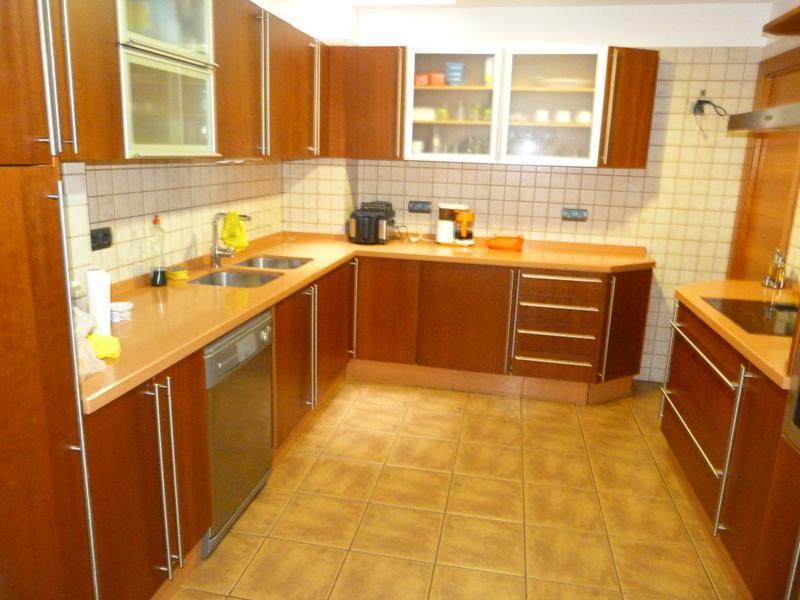 Cocina - Piso en alquiler de temporada en Fuengirola - 115375041