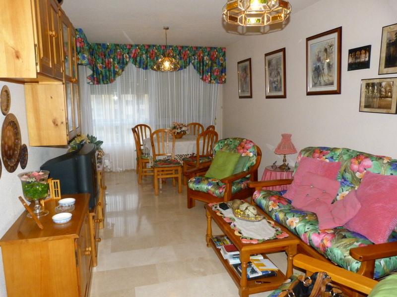 Salón - Piso en alquiler en Fuengirola - 116734186