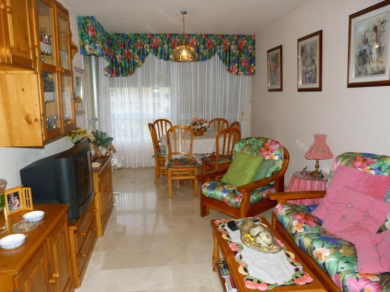 Salón - Piso en alquiler en Fuengirola - 116734187
