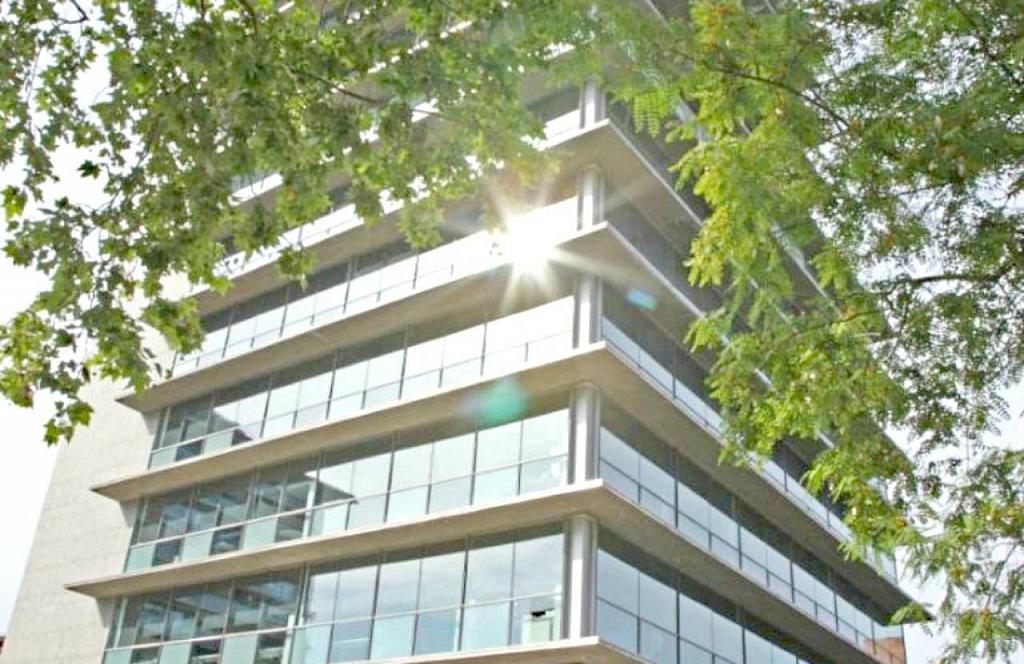 Oficina en alquiler en calle De Sarrià, Les Tres Torres en Barcelona - 382823527