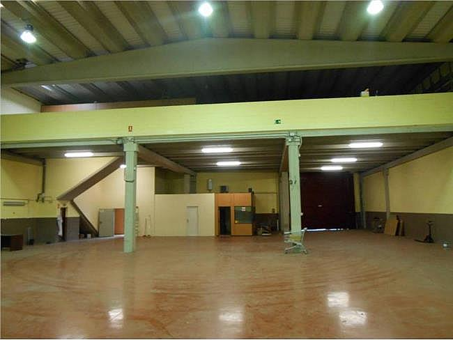 Nave industrial en alquiler en calle Sant Armengol II, Abrera - 131649468