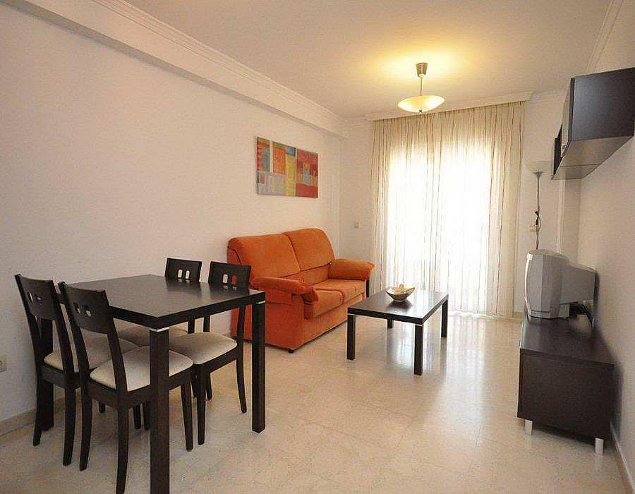 Piso en alquiler en calle Andalucia, Caleta de Velez - 288273054