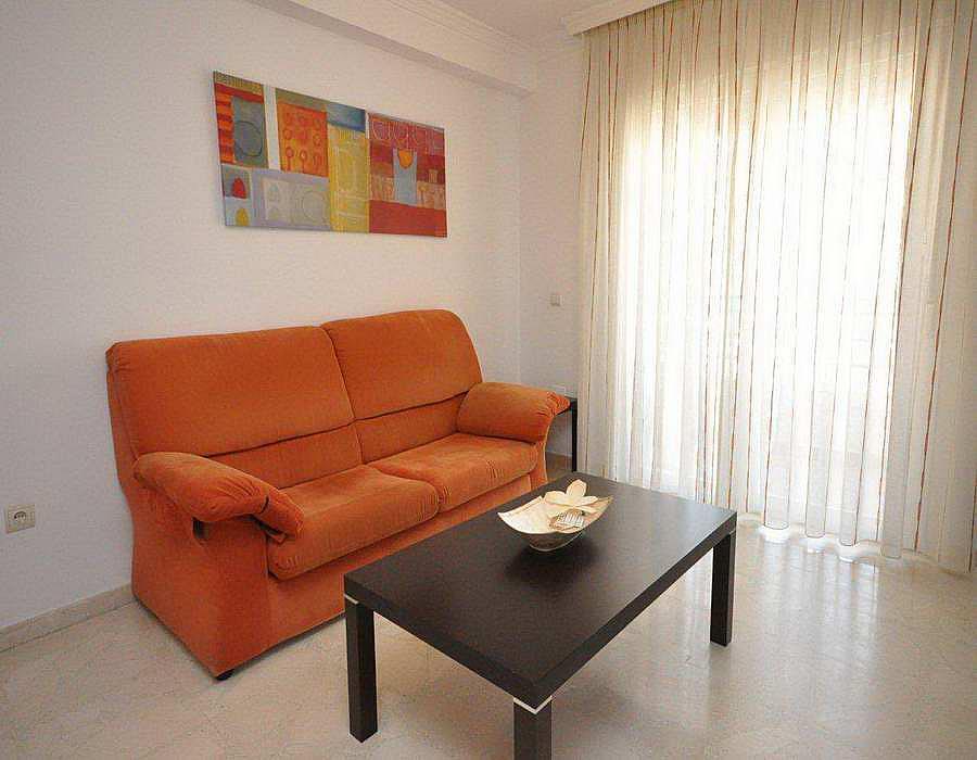 Piso en alquiler en calle Andalucia, Caleta de Velez - 288273057