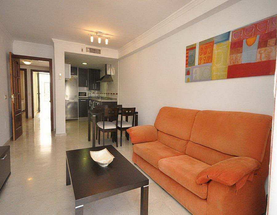 Piso en alquiler en calle Andalucia, Caleta de Velez - 288273059